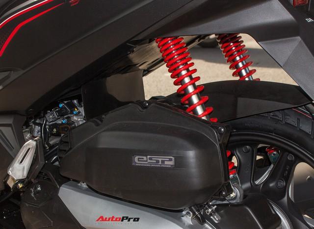 Cận cảnh Honda Air Blade 125 phiên bản kỉ niệm 10 năm giá 41,6 triệu đồng - Ảnh 13.