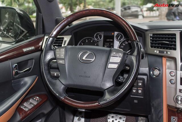 SUV hạng sang Lexus LX570 đi 2 năm bán lại giá 5,3 tỷ đồng tại Hà Nội - Ảnh 11.