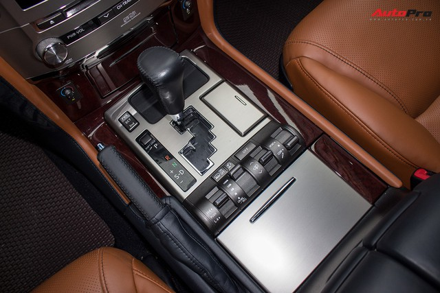 SUV hạng sang Lexus LX570 đi 2 năm bán lại giá 5,3 tỷ đồng tại Hà Nội - Ảnh 21.