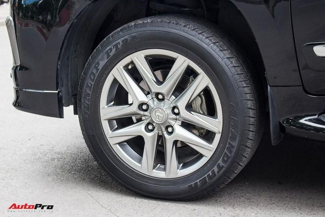 SUV hạng sang Lexus LX570 đi 2 năm bán lại giá 5,3 tỷ đồng tại Hà Nội - Ảnh 6.