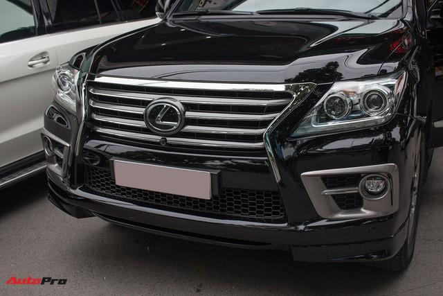SUV hạng sang Lexus LX570 đi 2 năm bán lại giá 5,3 tỷ đồng tại Hà Nội - Ảnh 3.