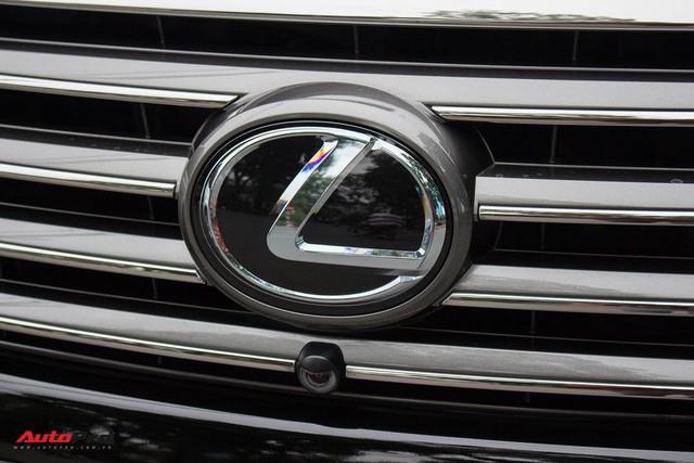 SUV hạng sang Lexus LX570 đi 2 năm bán lại giá 5,3 tỷ đồng tại Hà Nội - Ảnh 5.