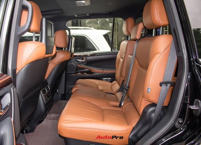 SUV hạng sang Lexus LX570 đi 2 năm bán lại giá 5,3 tỷ đồng tại Hà Nội - Ảnh 13.