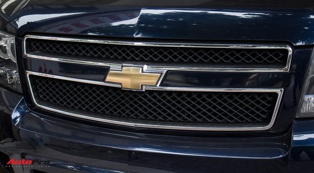 Khủng long Mỹ Chevrolet Suburban 2008 rao bán lại giá hơn 1,8 tỷ đồng - Ảnh 3.