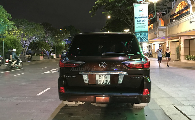 Minh Nhựa lái siêu xe hàng hiếm đến dự đám cưới người bán Richard Mille 18 tỷ Đồng cho mình - Ảnh 20.