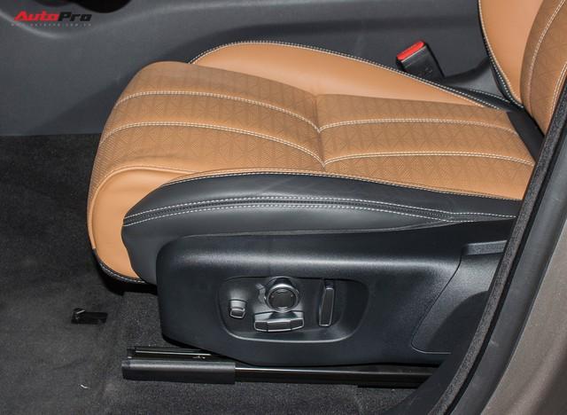 Chênh gần 1 tỷ đồng, Range Rover Velar SE thêm tùy chọn có gì? - Ảnh 5.