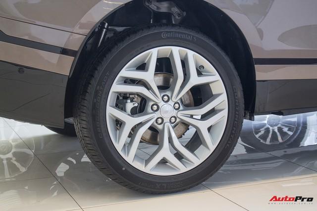 Chênh gần 1 tỷ đồng, Range Rover Velar SE thêm tùy chọn có gì? - Ảnh 2.