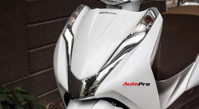 Đã ra bản mới, Honda LEAD 125 đời cũ vẫn đội giá tại đại lý - Ảnh 3.