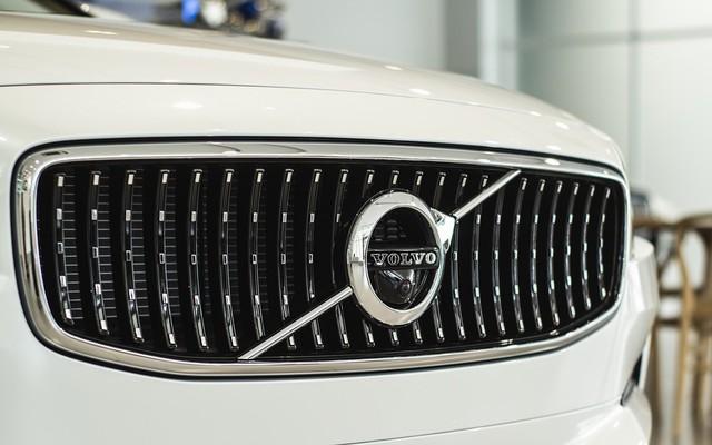 Wagon hạng sang Volvo V90 2018 đầu tiên về Việt Nam, chưa có giá bán - Ảnh 16.
