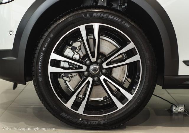 Wagon hạng sang Volvo V90 2018 đầu tiên về Việt Nam, chưa có giá bán - Ảnh 18.