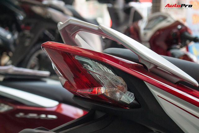 Ảnh thực tế Honda WINNER 150 phiên bản tem mới tại đại lý - Ảnh 8.