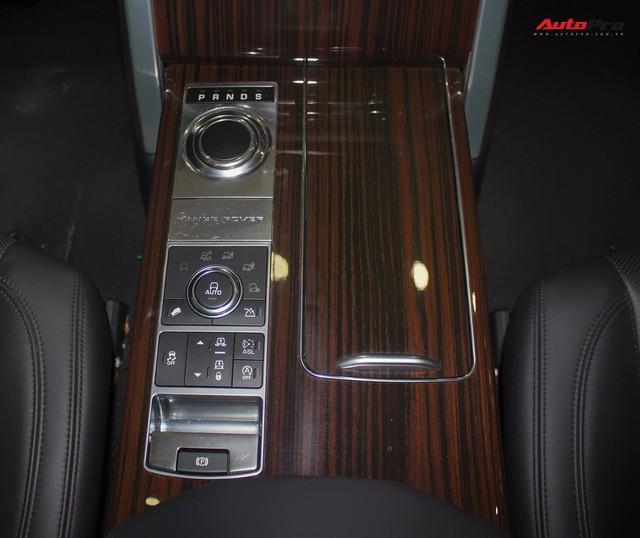 Rẻ gần một nửa xe mới, Range Rover Autobiography LWB lăn bánh 12.000 km bán lại giá chỉ 6,2 tỷ đồng - Ảnh 14.