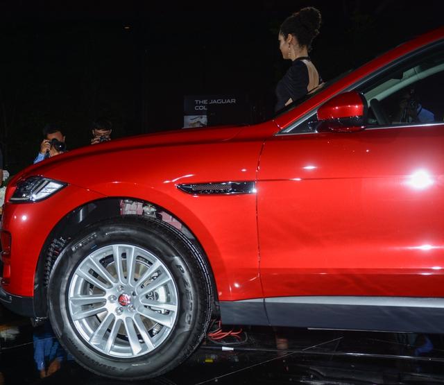 Đối thủ Porsche Macan, Jaguar F-Pace, chính thức ra mắt tại Việt Nam - Ảnh 8.