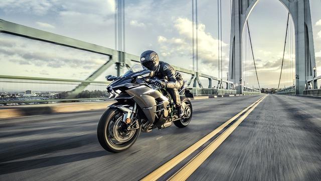 Muốn mua Kawasaki Ninja H2 Carbon, khách hàng phải đặt cọc 10.000 USD - Ảnh 8.
