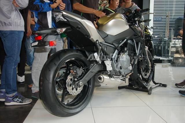 Kawasaki Z650 2017 chốt giá 218 triệu Đồng có gì hot? - Ảnh 3.