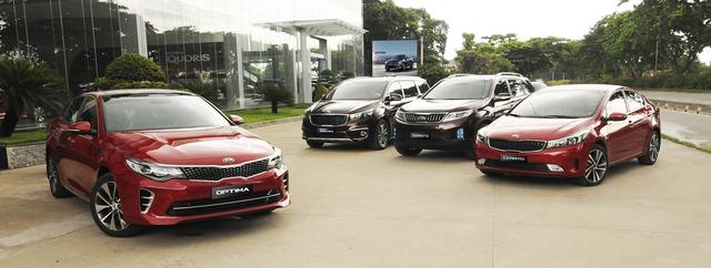 Từ 1/8, mua xe Mazda, Kia ở đại lý nào giá cũng như nhau, giá xe tiếp tục giảm - Ảnh 1.