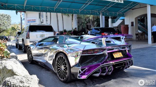 Lamborghini Aventador SV mui trần nổi bật với bộ cánh mạ crôm phối tím - Ảnh 9.
