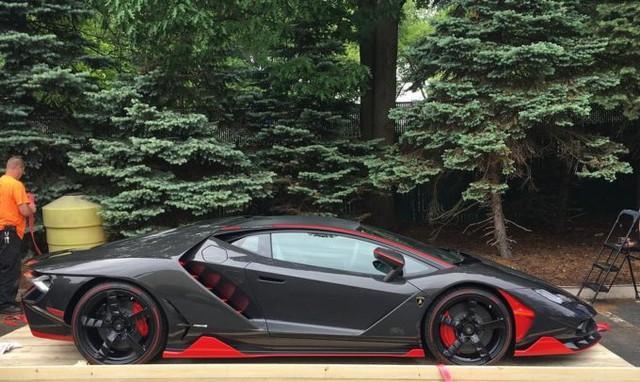 Siêu phẩm Lamborghini Centenario thứ 2 cập bến thị trường Mỹ - Ảnh 3.