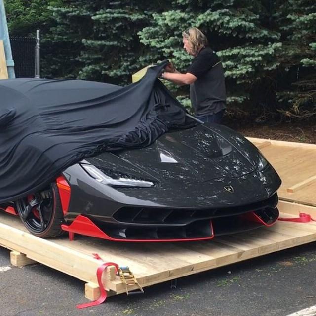 Siêu phẩm Lamborghini Centenario thứ 2 cập bến thị trường Mỹ - Ảnh 6.