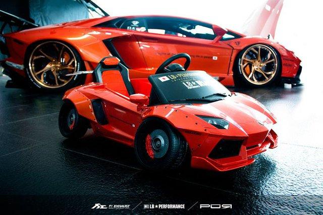 Xuất hiện bản độ Liberty Walk của siêu xe Lamborghini Murcielago đồ chơi tại Việt Nam - Ảnh 16.