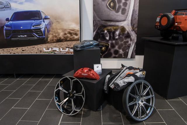 Kỳ công chọn cấu hình cho chiếc Lamborghini Urus đầu tiên về Việt Nam - Ảnh 3.