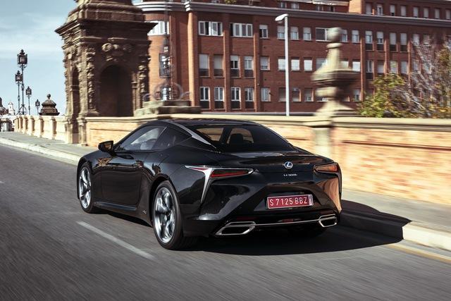 Xe sang Lexus LC Coupe 2018 được chốt giá từ 2,1 tỷ Đồng - Ảnh 4.