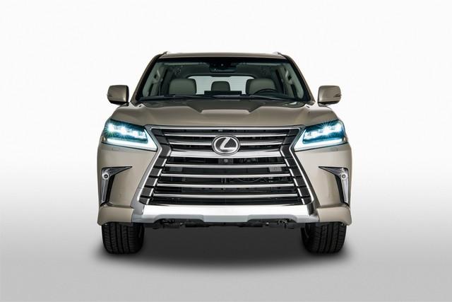 Lexus giới thiệu LX570 phiên bản 5 chỗ ngồi, giá rẻ hơn 5.000 USD - Ảnh 3.