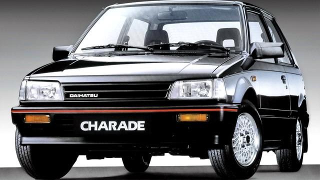 Những mẫu xe Nhật có tên gọi kì cục nhất - Ảnh 1.