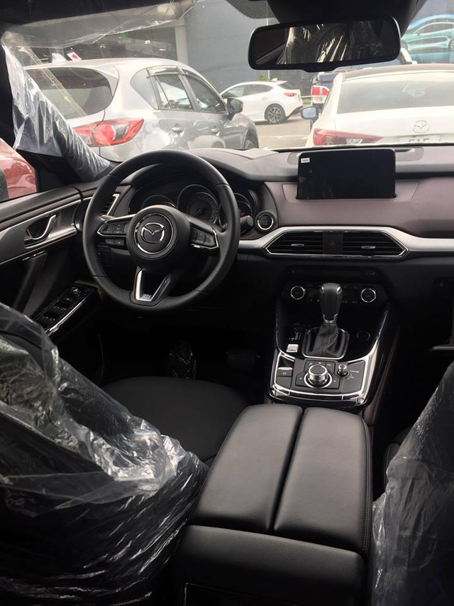 Crossover 7 chỗ Mazda CX-9 2017 xuất hiện tại Sài Gòn, giá khoảng 2,3 tỷ Đồng - Ảnh 4.