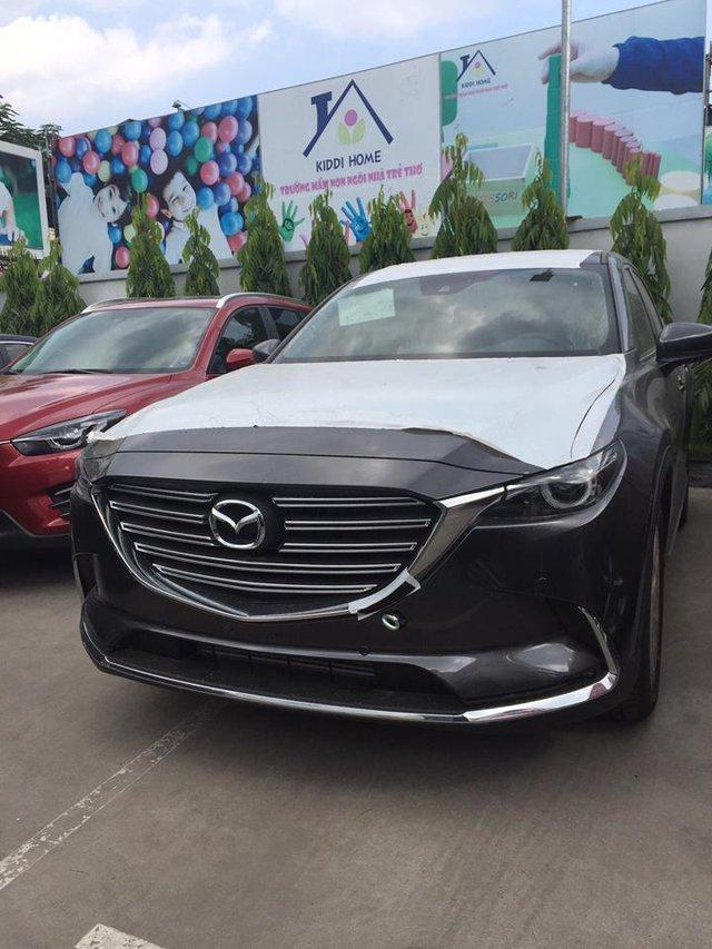Crossover 7 chỗ Mazda CX-9 2017 xuất hiện tại Sài Gòn, giá khoảng 2,3 tỷ Đồng - Ảnh 1.
