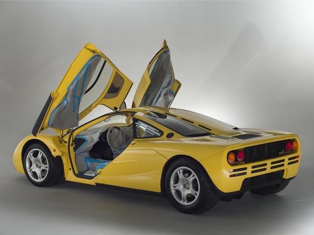 McLaren F1 siêu hiếm, khoang động cơ dát vàng đang được rao bán - Ảnh 14.