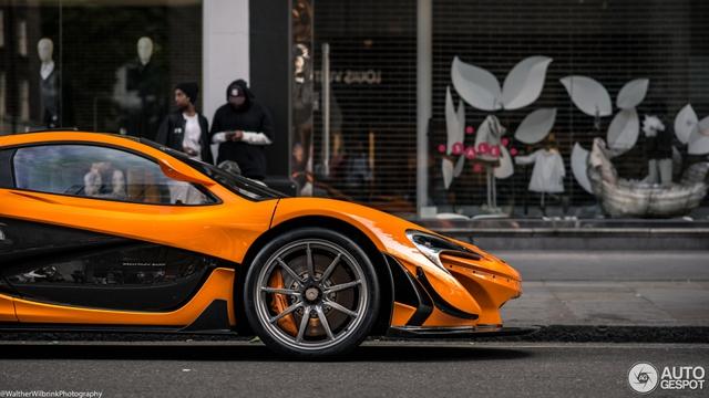 1 trong số 6 chiếc McLaren P1 LM được sản xuất trên thế giới bị bắt gặp tại London - Ảnh 12.