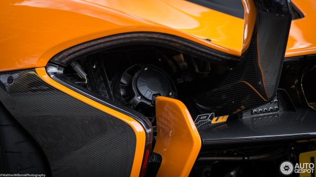 1 trong số 6 chiếc McLaren P1 LM được sản xuất trên thế giới bị bắt gặp tại London - Ảnh 11.