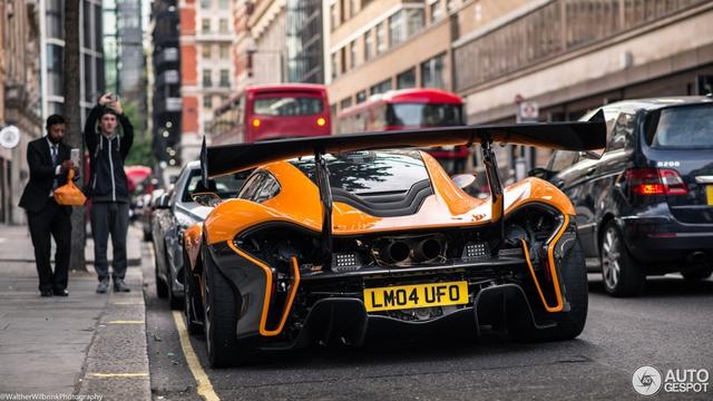 1 trong số 6 chiếc McLaren P1 LM được sản xuất trên thế giới bị bắt gặp tại London - Ảnh 9.