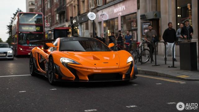 1 trong số 6 chiếc McLaren P1 LM được sản xuất trên thế giới bị bắt gặp tại London - Ảnh 1.
