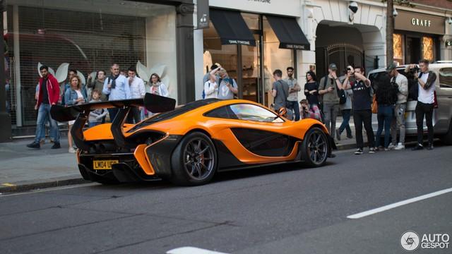 1 trong số 6 chiếc McLaren P1 LM được sản xuất trên thế giới bị bắt gặp tại London - Ảnh 3.