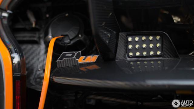1 trong số 6 chiếc McLaren P1 LM được sản xuất trên thế giới bị bắt gặp tại London - Ảnh 10.