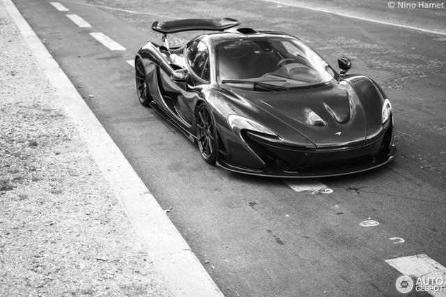 Siêu xe cực hiếm và cực đắt McLaren P1 Carbon Series của tỉ phú Ả Rập xuất hiện tại Pháp  - Ảnh 1.