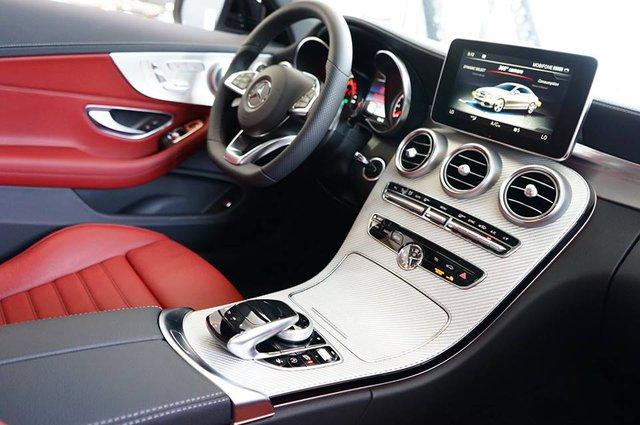 Mercedes-AMG C43 4Matic Coupe đầu tiên về Việt Nam, giá từ 4,2 tỷ Đồng - Ảnh 11.