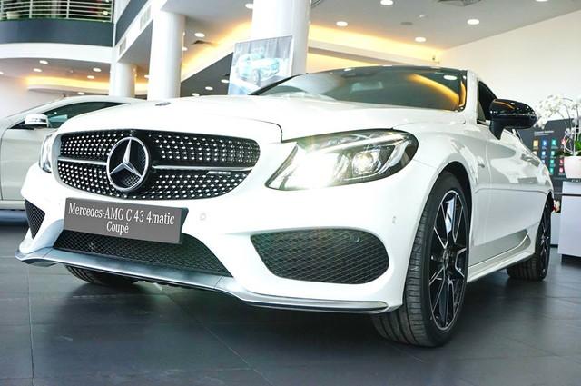 Mercedes-AMG C43 4Matic Coupe đầu tiên về Việt Nam, giá từ 4,2 tỷ Đồng - Ảnh 15.