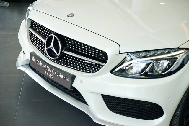Mercedes-AMG C43 4Matic Coupe đầu tiên về Việt Nam, giá từ 4,2 tỷ Đồng - Ảnh 6.