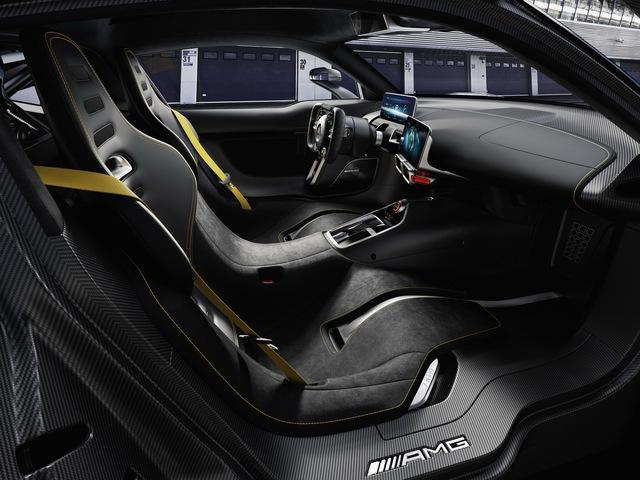 Mercedes-AMG Project One có thể cho Bugatti Chiron ngửi khói - Ảnh 11.