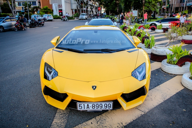 Cường Đô-la cùng Minh Nhựa hội ngộ siêu xe trên phố Sài thành - Ảnh 8.