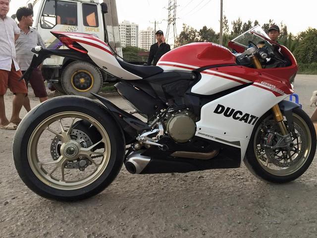 Lộ diện thiếu gia Sài thành sở hữu hàng hiếm Ducati 1299 Panigale S Anniversario - Ảnh 7.