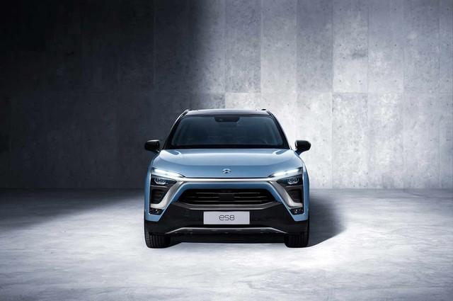 SUV 7 chỗ Trung Quốc NIO ES8 quyết hạ bệ Tesla Model X bằng giá rẻ  - Ảnh 2.