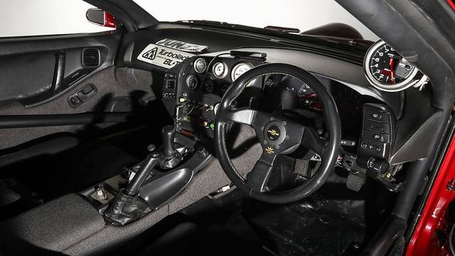 Nissan 300ZX nhanh hơn siêu xe Bugatti Veyron đang được đấu giá - Ảnh 6.