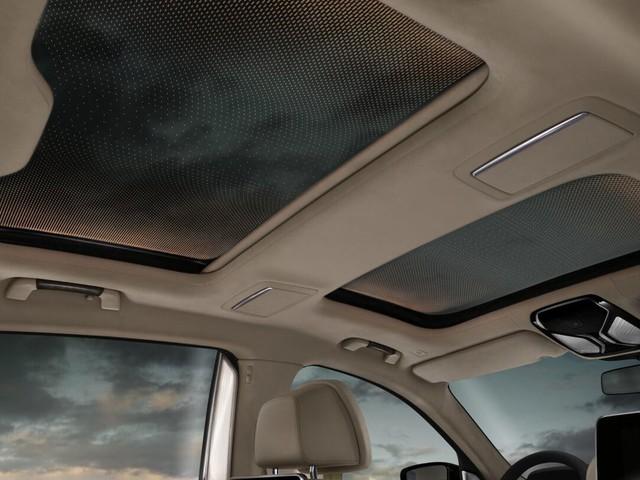 10 mẫu sedan sở hữu công nghệ ấn tượng nhất 2017 - Ảnh 2.