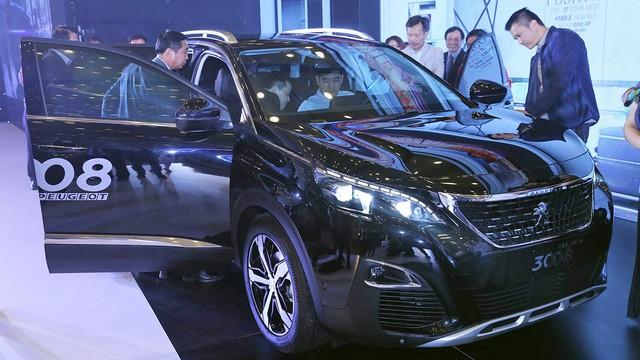 """Chuyển sang thế hệ mới, Peugeot 5008 và 3008 thoát """"ế"""" - Ảnh 1."""