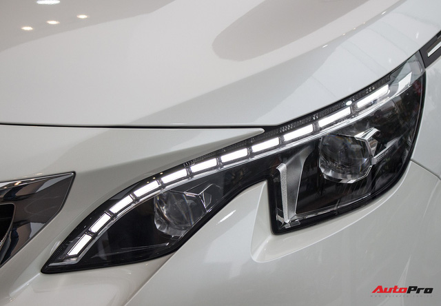 Soi chi tiết đối thủ mới của Toyota Fortuner tại Việt Nam - Ảnh 2.