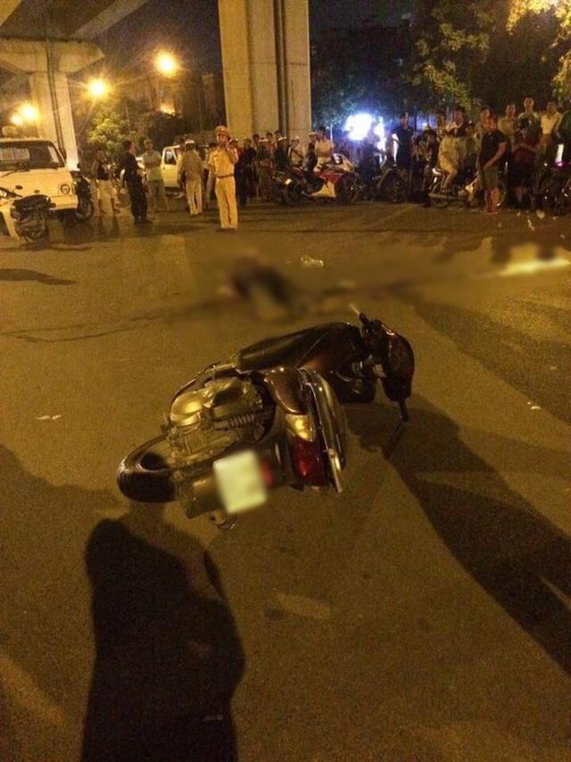 Hà Nội: Người đàn ông đi xe SH ngã ra đường tử vong trong đêm - Ảnh 1.